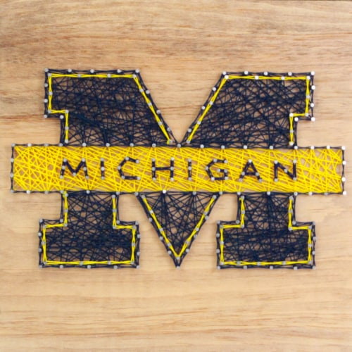 Michigan Wolverines Team Pride String Art Craft Kit Perspective: front