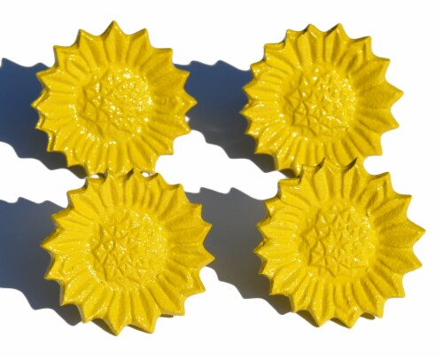 Vibhsa Antique Sunflower Napkin Rings Set - Yellow Perspective: front
