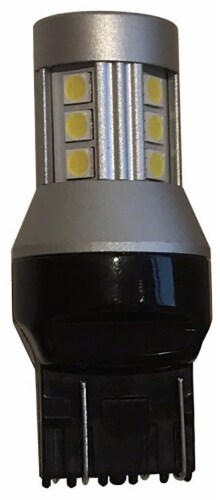Tungsram 3157/3057/3457/4057/6K LED Auto Bulb Perspective: front
