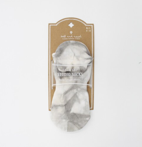 Oak and Reed Tie Dye Yoga Socks, Grey M/L Perspective: front