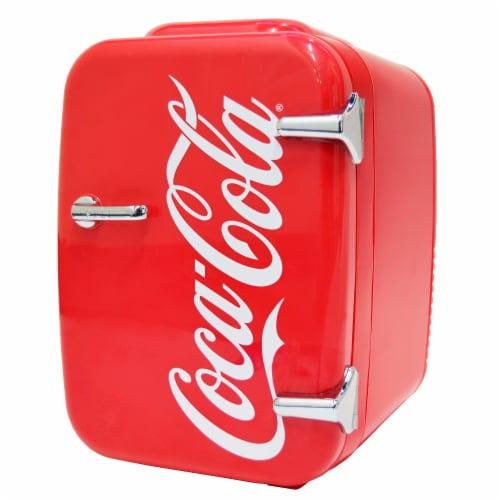 Cooluli Coca-Cola Vintage Chic 4 Liter Portable Compact Mini Fridge Perspective: front