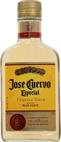 Jose Cuervo Especial Tequila Gold Perspective: front