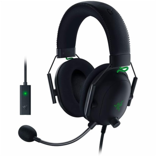 Razer BlackShark V2 Gaming Headset Perspective: front