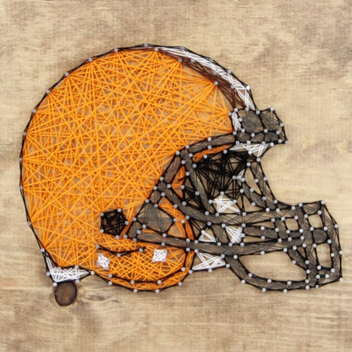 Cleveland Browns Team Pride String Art Craft Kit Perspective: front