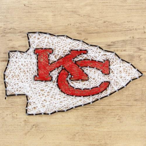 Kansas City Chiefs Team Pride String Art Craft Kit Perspective: front
