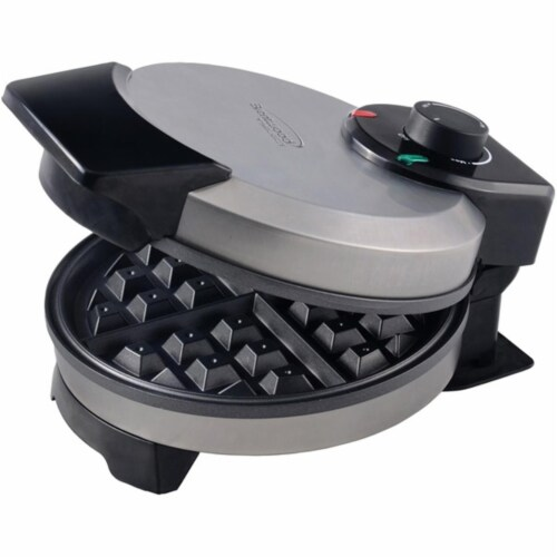 Brentwood Appliances RA50066 7 in. Nonstick Belgian Waffle Maker Perspective: front