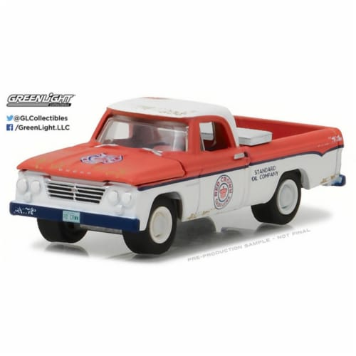 Greenlight 41020A 1962 Dodge D-100 Pickup Truck Long Bed with Tool Box Crown Gasoline Model C Perspective: front