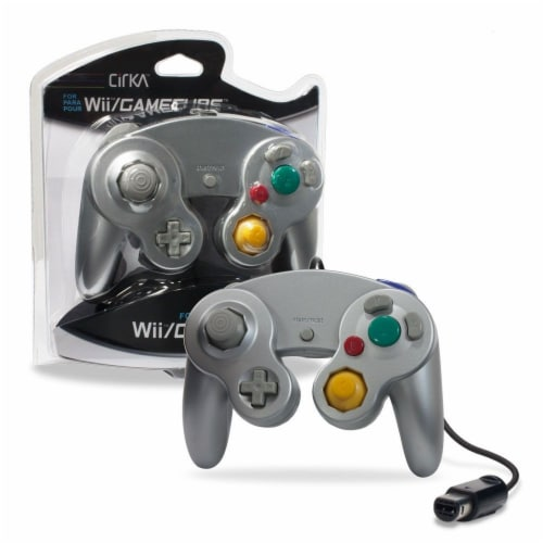 Hyperkin Cirka Wii Wired Controller - Silver Perspective: front