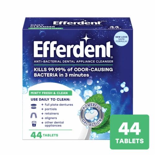Efferdent Plus Mint Denture Cleanser Tablets Perspective: front