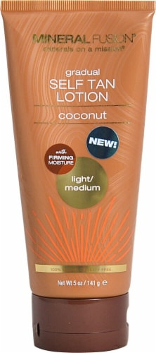 Mineral Fusion  Gradual Self Tan Lotion Light/Medium Coconut Perspective: front