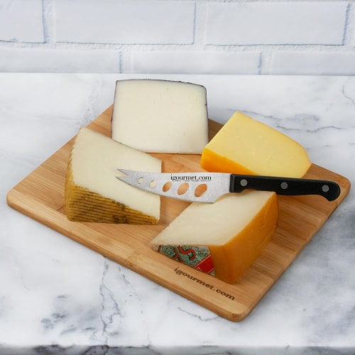 Spanish Cheese Board Gift Set (30 ounce) Perspective: front
