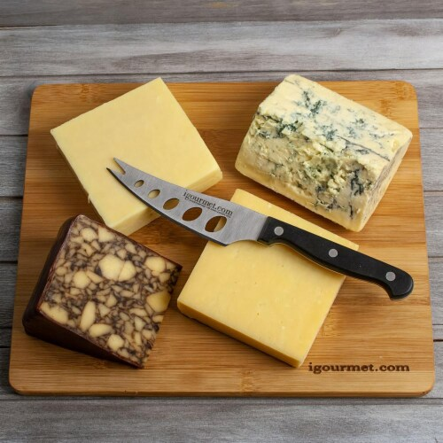 Irish Cheese Board Gift Set (30 ounce) Perspective: front
