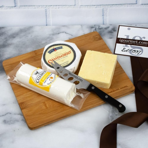 Canadian Cheese Board Gift Set  (26 ounce) Perspective: front