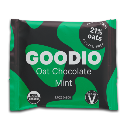Goodio Oat Chocolate Mint Chocolate Bar Perspective: front