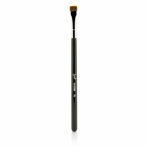 Sigma Beauty E15 Flat Definer Brush - Perspective: front