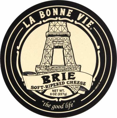 La Bonne Vie Soft Ripened Brie Perspective: front