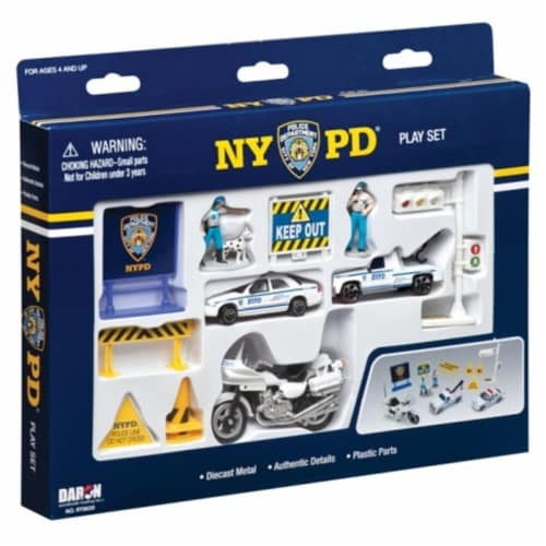 Daron Worldwide Trading RT8620 NYPD 14 Piece Playset Perspective: front