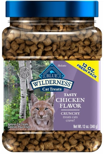 Blue Buffalo Wilderness Tasty Chicken Flavor Crunchy Cat Treats Perspective: front