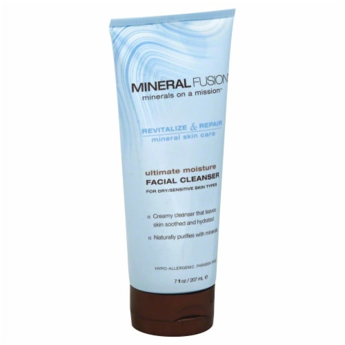 Mineral Fusion Facial Cleanser Perspective: front