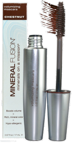 Mineral Fusion Chestnut Volumizing Mascara Perspective: front
