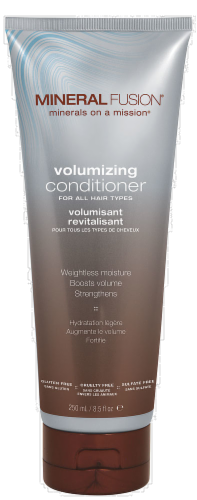 Mineral Fusion Volumizing Conditioner Perspective: front