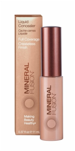 Mineral Fusion Warm Liquid Concealer Perspective: front