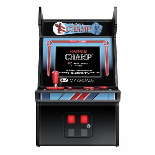 DreamGear DG-DGUNL-3204 6 in. Retro Karate Champ Micro Arcade Perspective: front