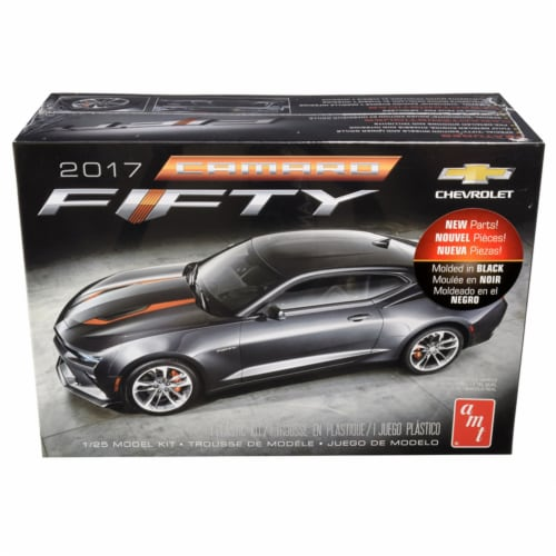 Skill 2 Model Kit 2017 Chevrolet Camaro \FIFTY\ 1/25 Scale Model by AMT Perspective: front