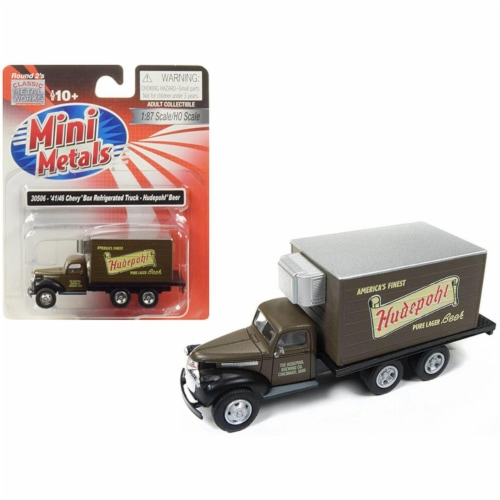 1941-1946 Chevrolet Box (Reefer) Refrigerated Truck \Hudepohl Beer\ Brown Model Perspective: front