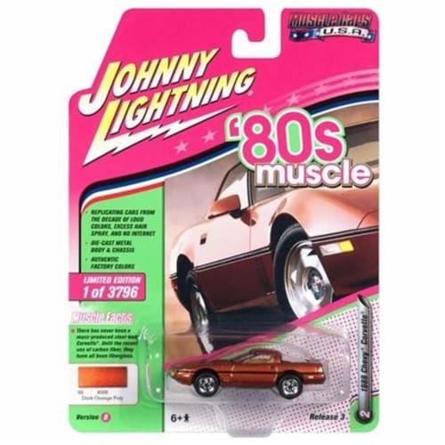 Johnny Lightning JLMC014-JLSP026B 1-64 Diecast Scale 1988 Chevrolet Corvette 80s Muscle Car - Perspective: front