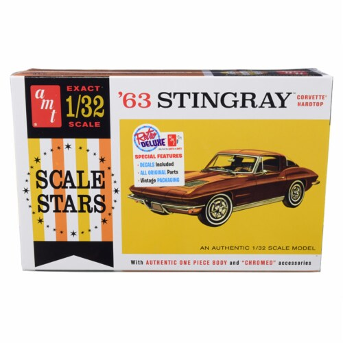 AMT AMT1112 Skill 2 Model Kit 1963 Chevrolet Corvette Stingray Hardtop Scale Stars 1 by 32 Sc Perspective: front