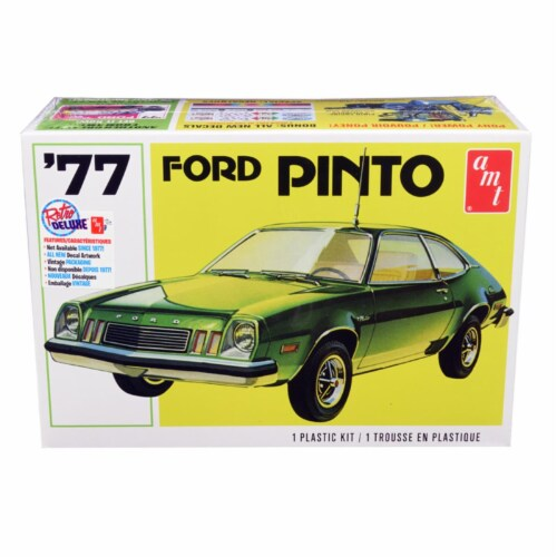 AMT AMT1129M Skill 2 Model Kit 1977 Ford Pinto 1 by 25 Scale Model Perspective: front