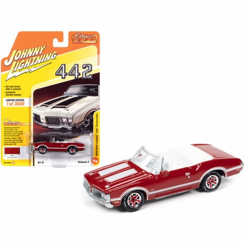 Johnny Lightning JLCG022-JLSP102B 1970 Oldsmobile Cutlass 442 Convertible Matador Red with Wh Perspective: front