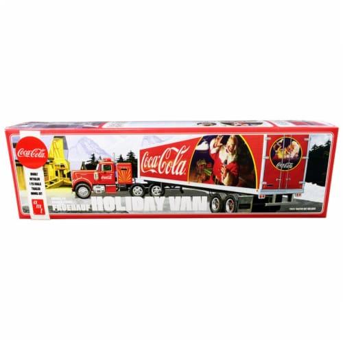 Skill 3 Model Kit Fruehauf FB Beaded Holiday Hauler Semi Van Trailer \Coca-Cola\ Perspective: front