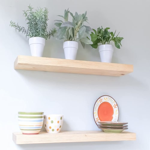Willow & Grace Caro 24 Inch Floating Wood Wall Mount Shelves, Natural, Set of 2 Perspective: front