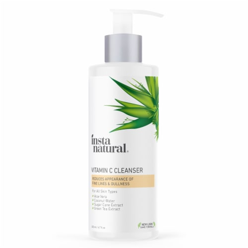 InstaNatural Vitamin C Cleanser Perspective: front