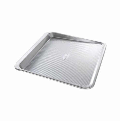 USA Pans Cookie Sheet - Silver Perspective: front