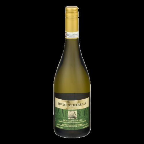 Bricco Riella Moscato D'Asti Wine Perspective: front