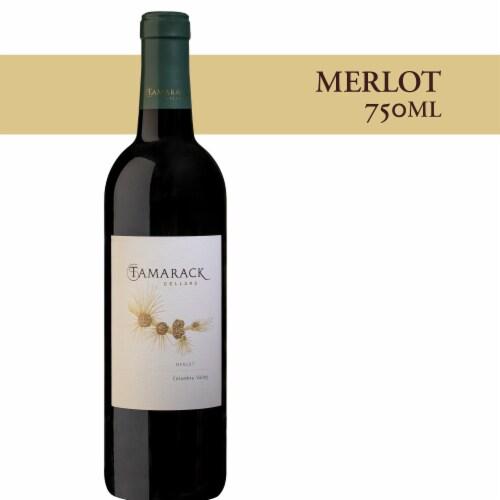 Tamarack Cellars Merlot Red Wine Perspective: front