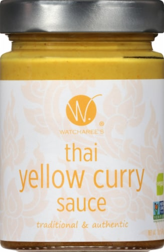 Watcharee's Thai Yellow Curry Sauce Perspective: front