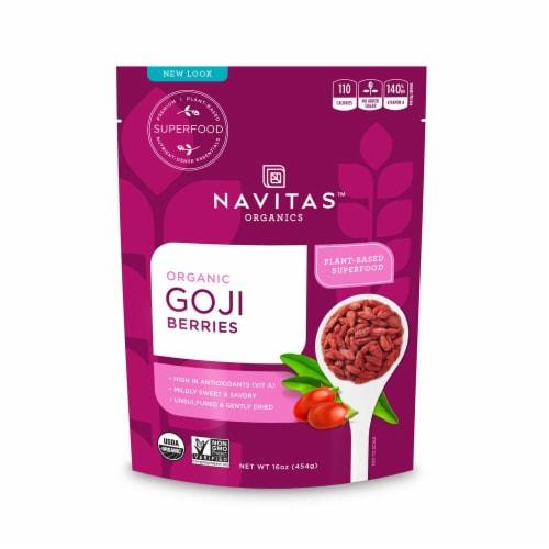 Navitas Organics Goji Berries Perspective: front