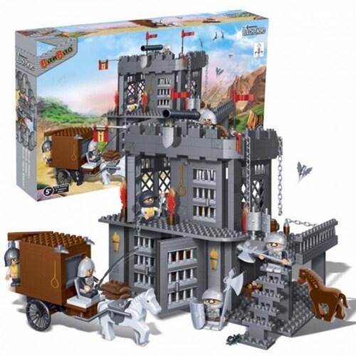 BanBao Interlocking Blocks Black Sword Prison Building Set (705 Pieces & 6 Mini-Figures) Perspective: front