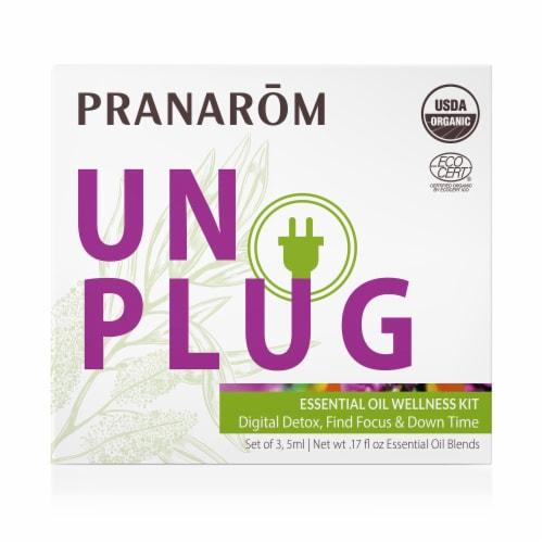 Pranarom Unplug Wellness Essential Oil Blend Kit Perspective: front