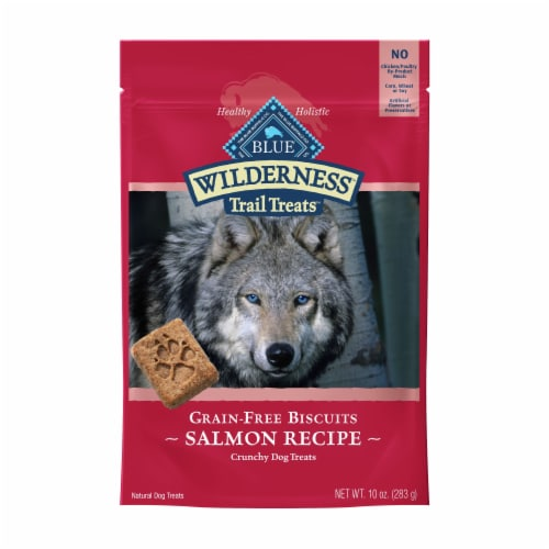 BLUE Wilderness Trail Treats Salmon Recipe Grain-Free Biscuits Biscuits Dog Treats Perspective: front