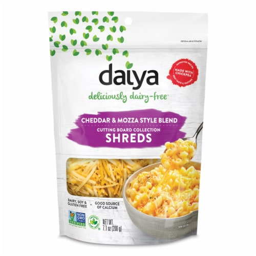 Daiya Cutting Board Cheddar and Mozza Style Blend Shreds Perspective: front