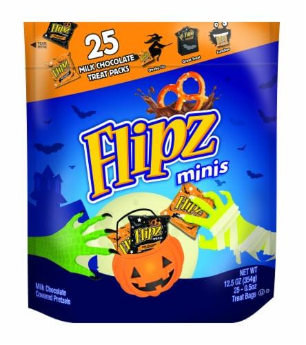 Flipz Halloween Milk Chcolate Treat Packs Perspective: front