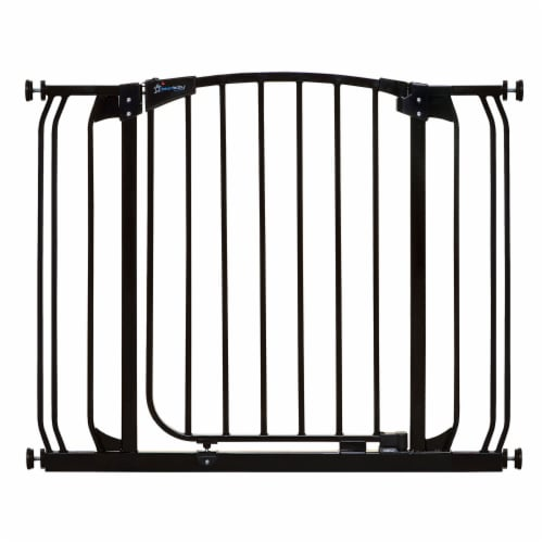 Dreambaby L778B Chelsea 28 to 39 Inch Auto-Close Baby Pet Safety Gate, Black Perspective: front