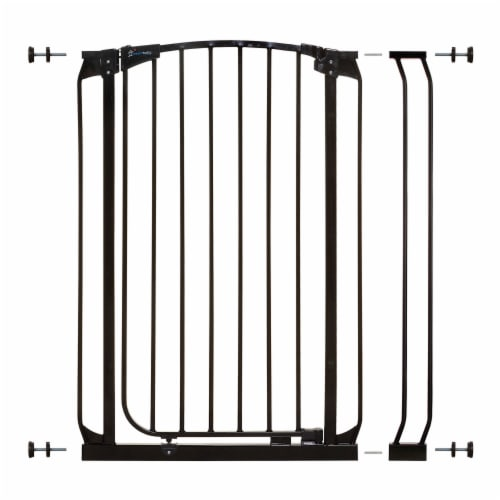 Dreambaby L796B Chelsea 28 to 35.5 Inch Auto-Close Baby Pet Safety Gate, Black Perspective: front