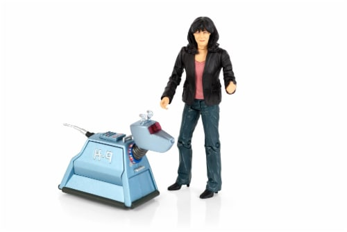 "Doctor Who 5.5"" Action Figure Set: Sarah Jane and K9 Perspective: front"
