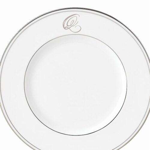 Lenox 9 in. dia. Federal Platinum Monogram Script Accent Plate - Q Perspective: front